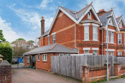 Sandringham Road, Lower Parkstone, Poole, Dorset, BH14. 4 bedroom semi-detached house