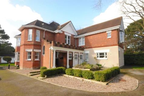 Spur Hill Avenue, Lower Parkstone, Poole, Dorset, BH14. 2 bedroom apartment