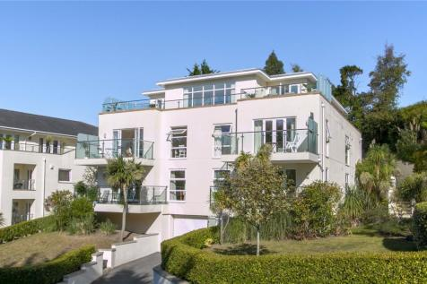 Durrant Road, Lower Parkstone, Poole, Dorset, BH14. 3 bedroom penthouse