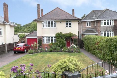 Hatherden Avenue, Poole, Dorset, BH14. 3 bedroom detached house