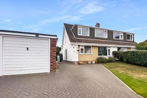 South Western Crescent, Whitecliff, Poole, Dorset, BH14. 4 bedroom semi-detached house