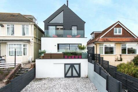 Sterte Esplanade, Poole, Dorset, BH15. 4 bedroom detached house