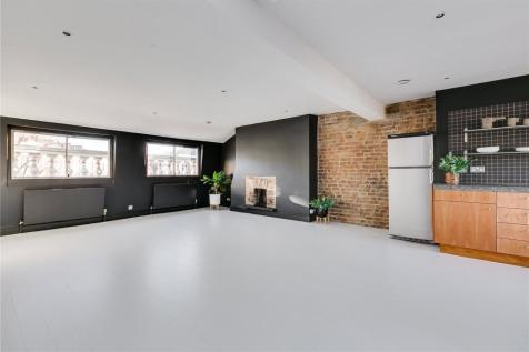 Alexander Street, London, W2. 2 bedroom maisonette