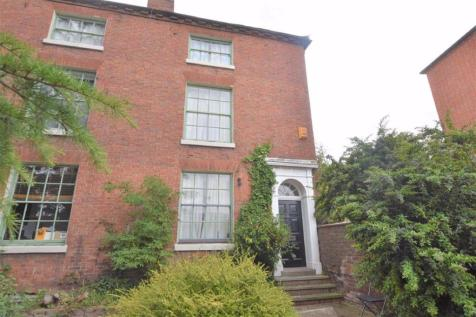 The Moors, Worcester. 4 bedroom end of terrace house