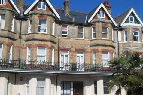 Oakwood House 117-119, West Hill Road, Bournemouth, Dorset, BH2. Studio flat