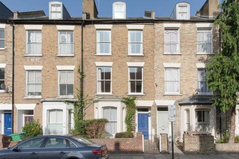 Charteris Road, Finsbury Park. 6 bedroom terraced house