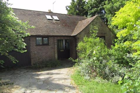 Church Green, Hitchin, SG4. 3 bedroom detached bungalow
