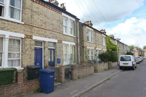 Ross Street, Cambridge, CB1. 3 bedroom terraced house
