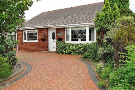 Cloverfield, Penwortham, Preston. 2 bedroom detached bungalow