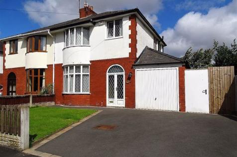 Clifton Drive, Penwortham,Preston. 3 bedroom semi-detached house