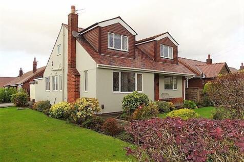 Broad Oak Lane, Penwortham, Preston. 3 bedroom detached house for sale