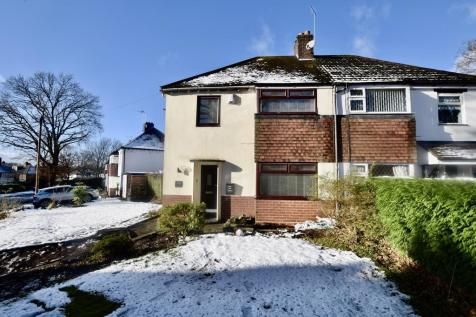 Chester Crescent, Westlands, Newcastle-under-Lyme. 3 bedroom semi-detached house