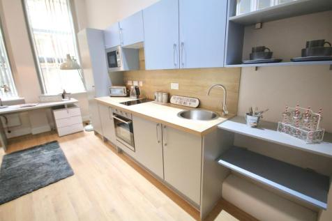 Prudential Building, Guildhall Walk, Portsmouth. Studio flat