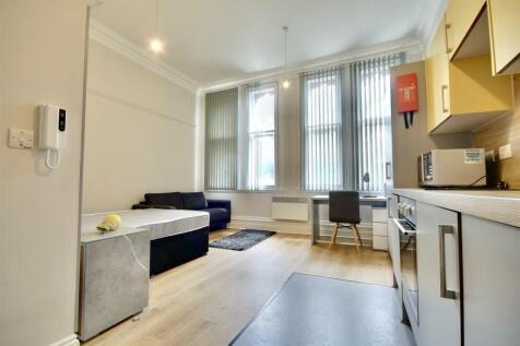 Prudential Buildings 12-14 Guildhall Walk. Studio flat
