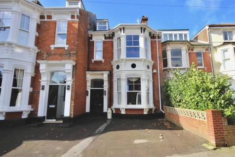 Malvern Road, Southsea. 5 bedroom terraced house