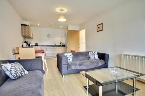 Gloucester House, Queen Street, Portsmouth. 2 bedroom flat