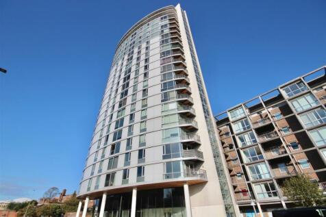 Queen Street, Portsmouth. 2 bedroom flat