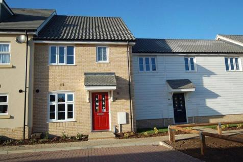 Wintergreen Road, Red Lodge, Bury St. Edmunds, Suffolk, IP28. 3 bedroom terraced house