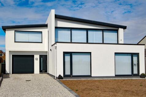 Rolls Drive, Hengistbury Head, Bournemouth, Dorset, BH6. 5 bedroom detached house