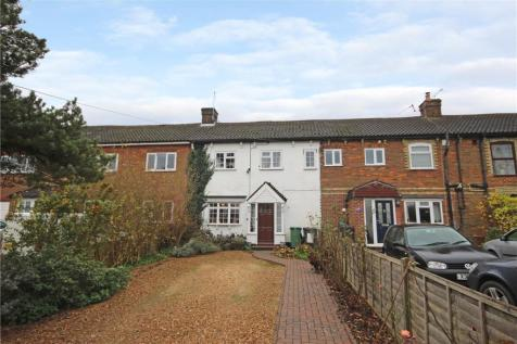 Dunstable Road, Caddington, Luton. 4 bedroom terraced house for sale