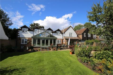 Annables Lane, Harpenden, Hertfordshire. 4 bedroom semi-detached house for sale