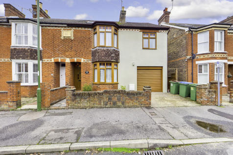 Cambridge Road, Horsham. 4 bedroom semi-detached house for sale