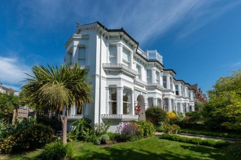 Stanford Avenue, Brighton, East Sussex, BN1. 5 bedroom semi-detached house