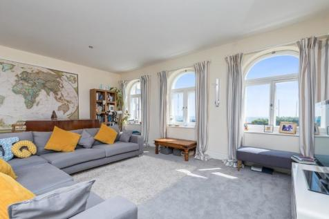 De Courcel Road, Brighton, East Sussex, BN2. 3 bedroom apartment for sale