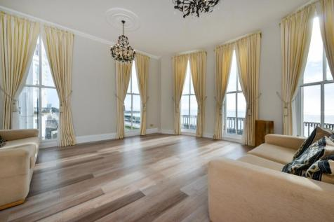 Percival Terrace, Brighton, BN2. 3 bedroom apartment for sale