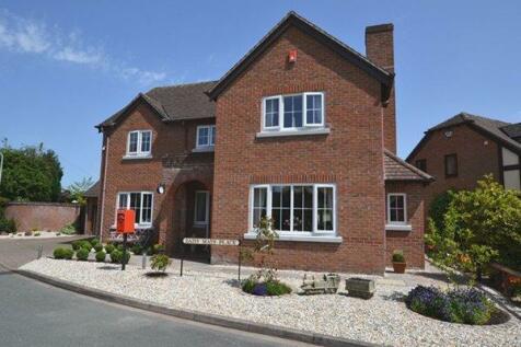 Millfield Drive, Market Drayton. 4 bedroom detached house for sale