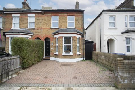 Coldershaw Road, West Ealing. 4 bedroom semi-detached house for sale