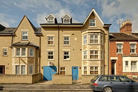 MARLBOROUGH ROAD (GRANDPONT). 1 bedroom flat