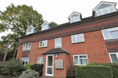 Larch Close (Botley). 2 bedroom flat