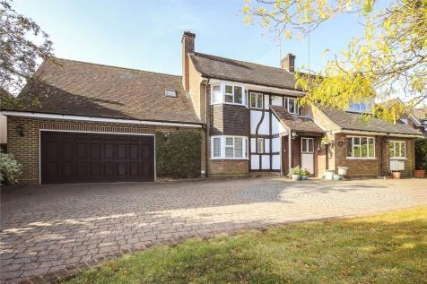 Wood End Road, Harpenden, Hertfordshire, AL5. 5 bedroom detached house