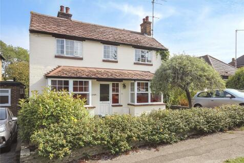 Willoughby Road, Harpenden, Hertfordshire, AL5. 3 bedroom detached house for sale
