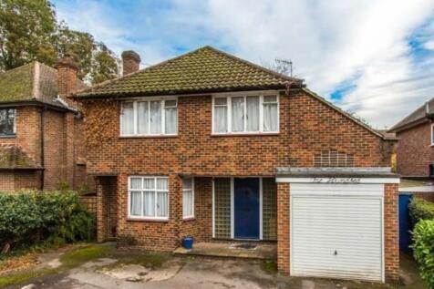 Ridge Lane, Watford. 4 bedroom detached house