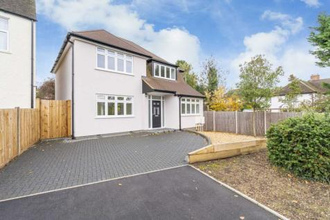 Wilcot Avenue, Oxhey. 3 bedroom detached house for sale