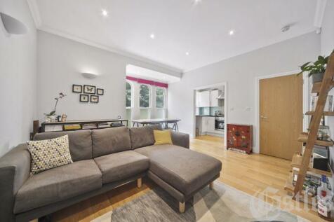 Hornsey Rise, N19. 2 bedroom flat