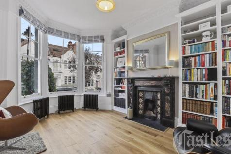 Montague Road, N8. 4 bedroom terraced house for sale