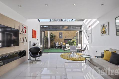 Chimes Terrace, Tottenham Lane, N8. 4 bedroom detached house for sale