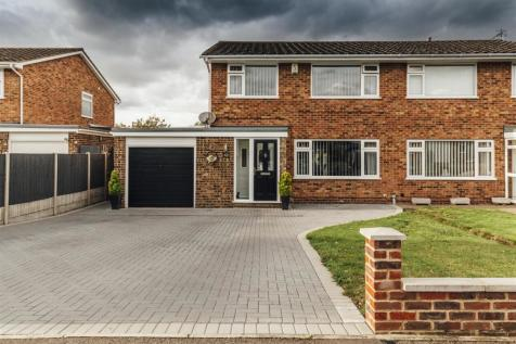 Birling Avenue, Bearsted, Maidstone. 3 bedroom semi-detached house
