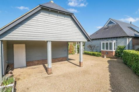 Mount Lane, Bearsted, Maidstone. 2 bedroom detached house