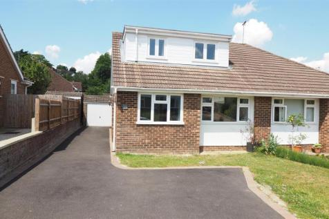 Whiteheads Lane, Bearsted, Maidstone. 4 bedroom semi-detached house