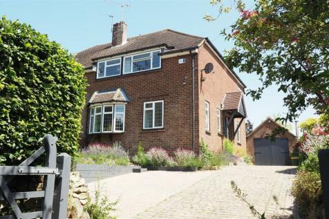 Roseacre Lane, Bearsted, Maidstone. 4 bedroom semi-detached house