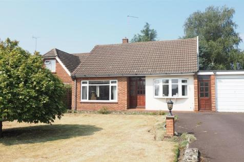 Manor Rise, Bearsted, Maidstone. 3 bedroom bungalow