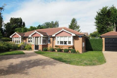 Birkdale Lane, Weavering, Maidstone. 3 bedroom bungalow