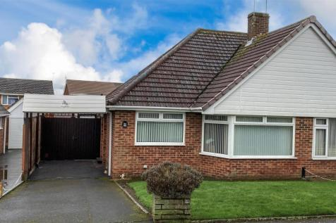 Madginford Road, Bearsted, Maidstone. 2 bedroom bungalow for sale