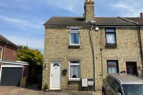 Mackenders Lane, Eccles, Aylesford. 2 bedroom end of terrace house