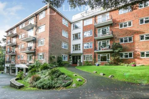 Madeira Road, Bournemouth. 2 bedroom apartment