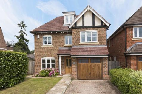 Castle Road, Weybridge KT13. 6 bedroom detached house